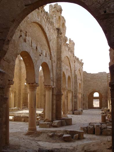 Resafa 1 Church.jpg