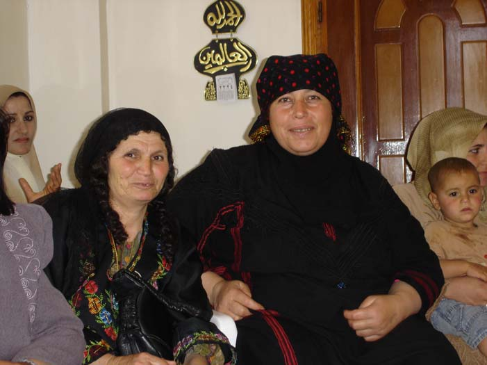 Jordanian Syrian Women Farmer Exchange 6.jpg