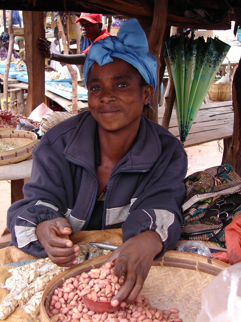 Peanut retailer at market.JPG