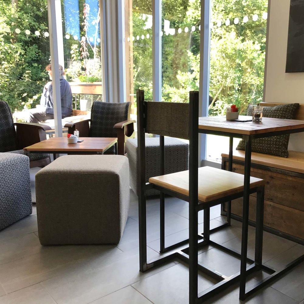 cafe-10.38.07-1500.jpg