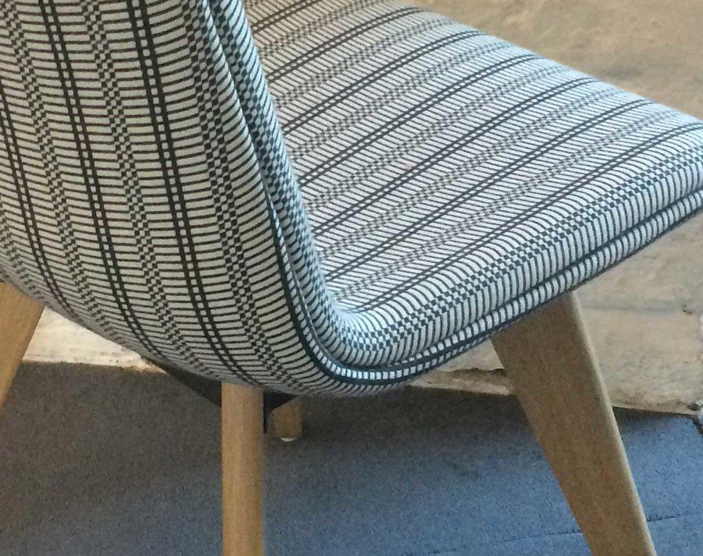 chair_0523_1500.jpg