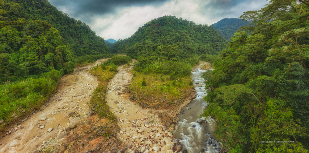 Rivers meet in a dramatic gorge in the Braulio Carrillo National Park