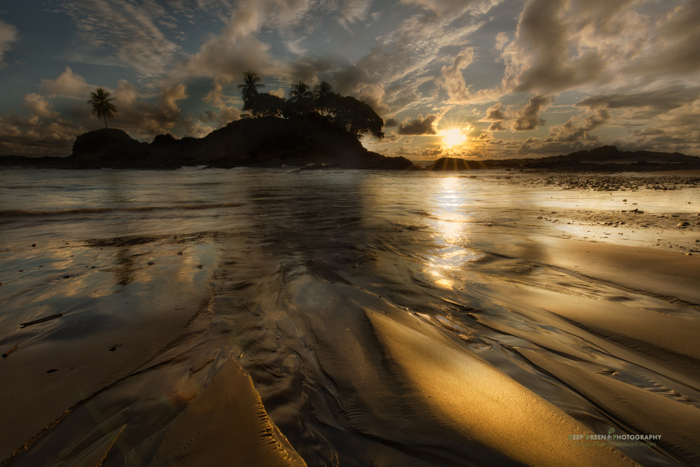 Dominaclito Beach, Costa Rica
