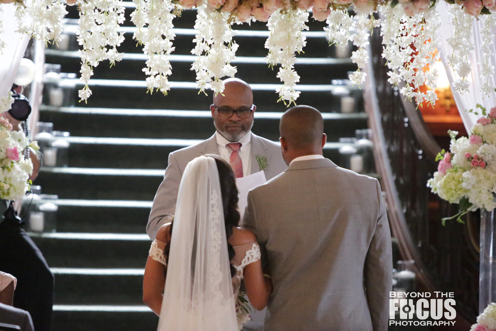 Christan_Imani_WeddingCeremony_W_14.jpg