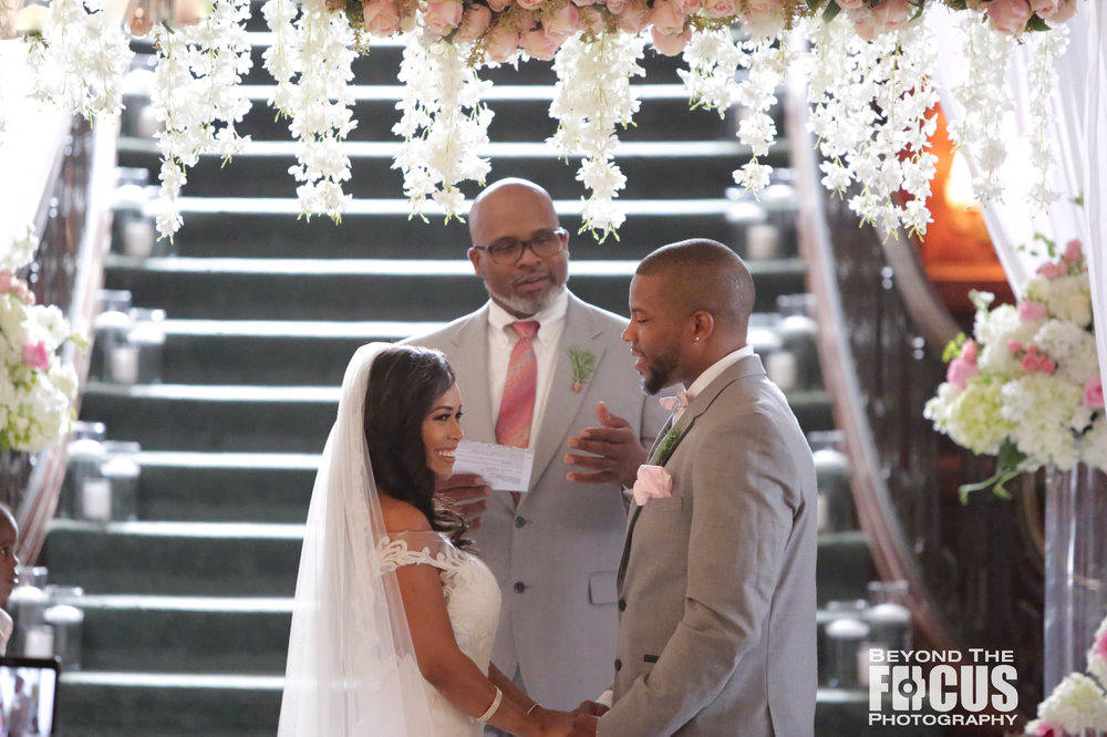 Christan_Imani_WeddingCeremony_W_16.jpg