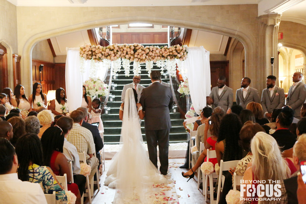 Christan_Imani_WeddingCeremony_W_39.jpg