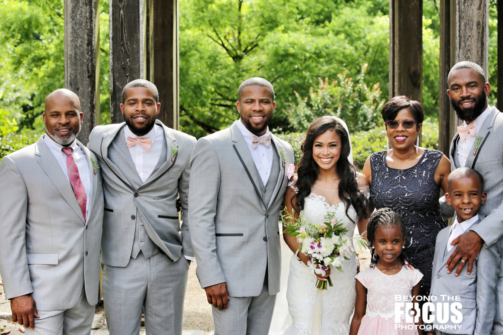 Christan_Imani_WeddingPartyFamily_W_4.jpg