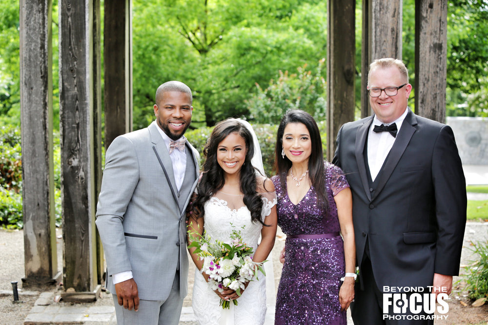 Christan_Imani_WeddingPartyFamily_W_8.jpg