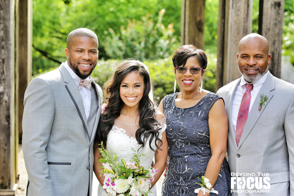 Christan_Imani_WeddingPartyFamily_W_17.jpg