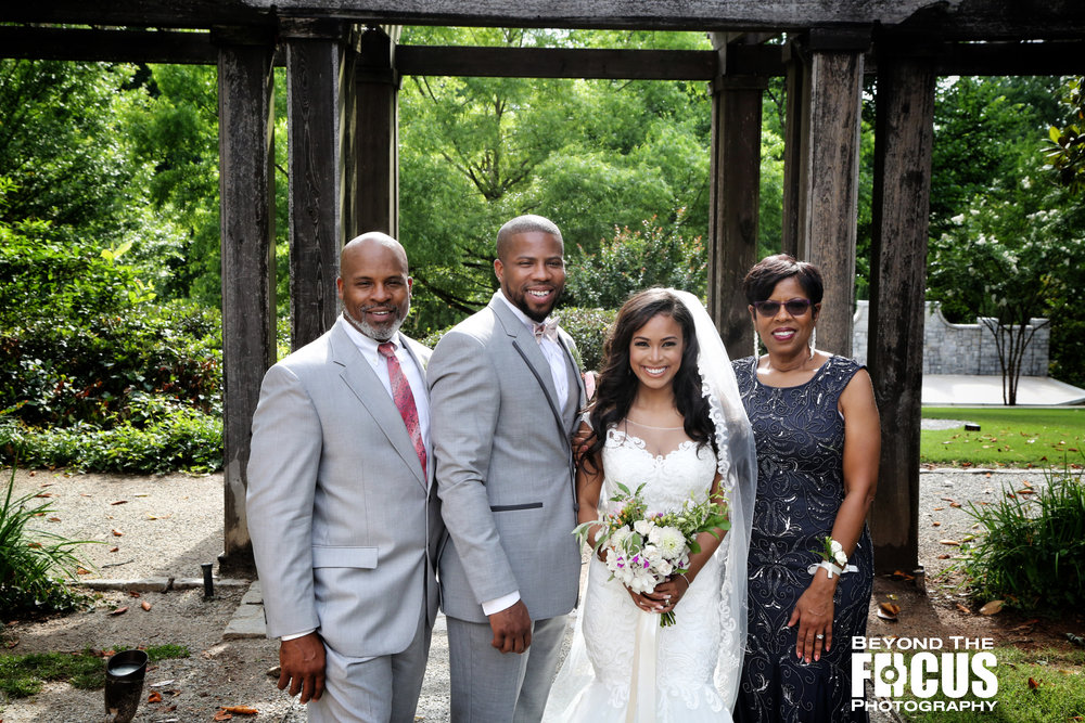 Christan_Imani_WeddingPartyFamily_W_69.jpg