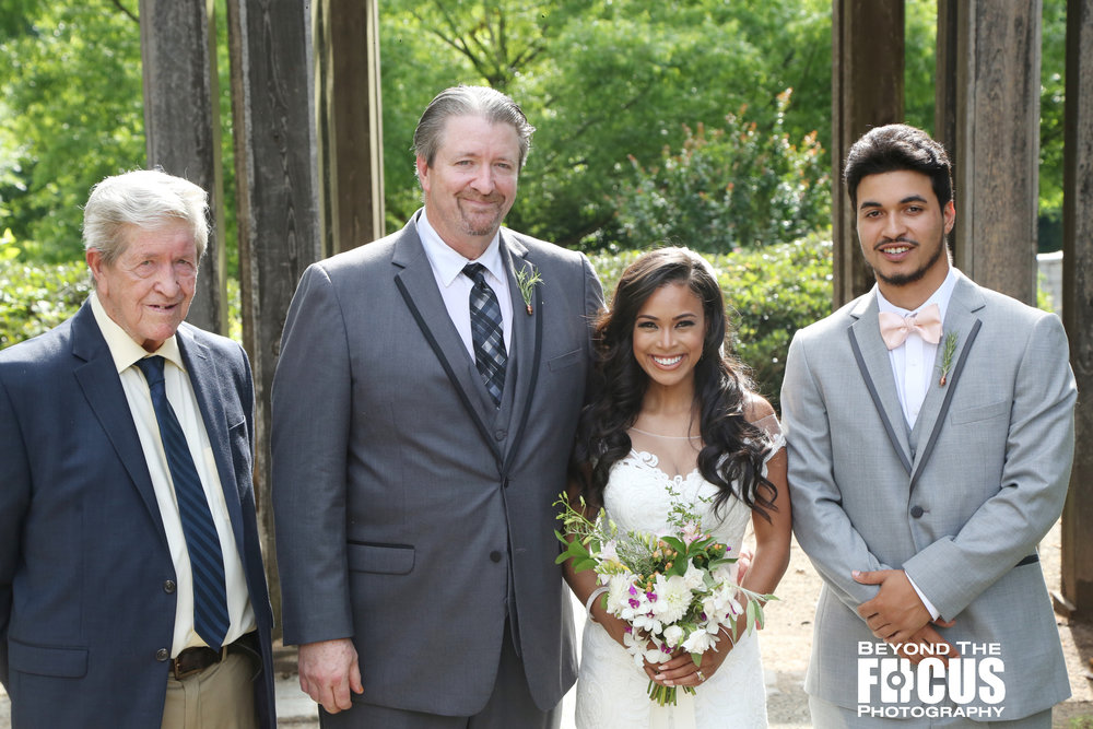 Christan_Imani_WeddingPartyFamily_W_78.jpg