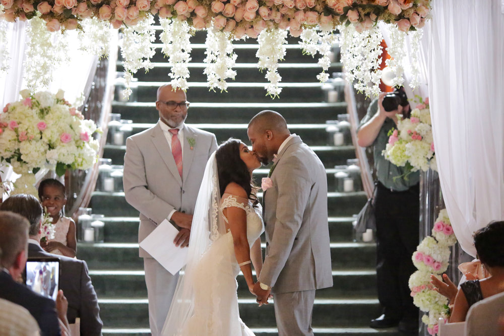 Christan_Imani_WeddingCeremony_23.jpg