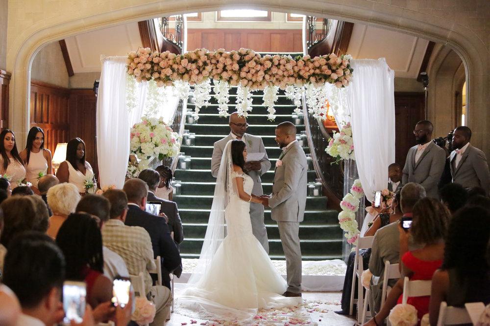 Christan_Imani_WeddingCeremony_17.jpg