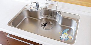 レンタル&クリーニング台所のシンクなどを撥水コーティングし、キレイやピカピカを長持ちさせ、普段のお手入れが格段にしやすくなります。