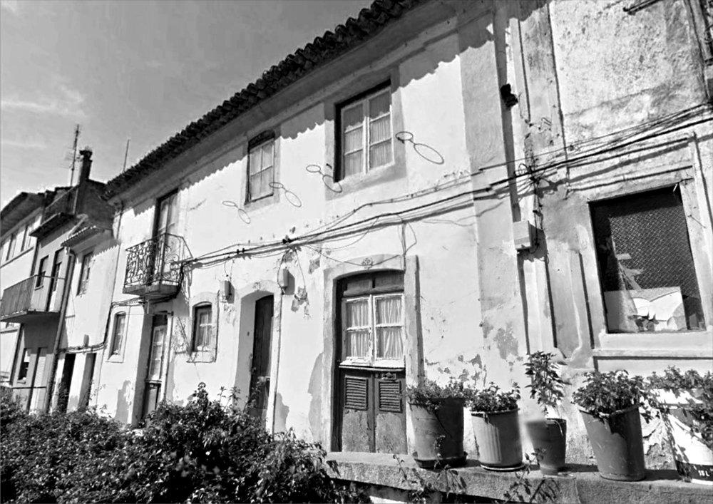 Reabilitação-Rua Caldas Rainha-Abrantes-Paulo Miguez-Arquitectos 1.jpg