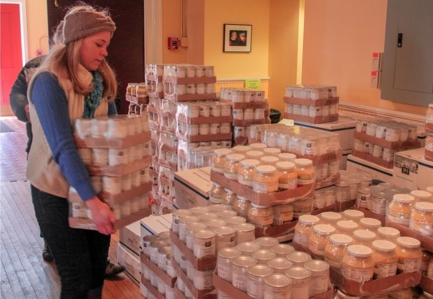 In 2014, Whole Foods Markets delivered 1,000 cases of healthy food to our pantry. All food was donated by customers of the Mt. Washington and Harbor East stores.