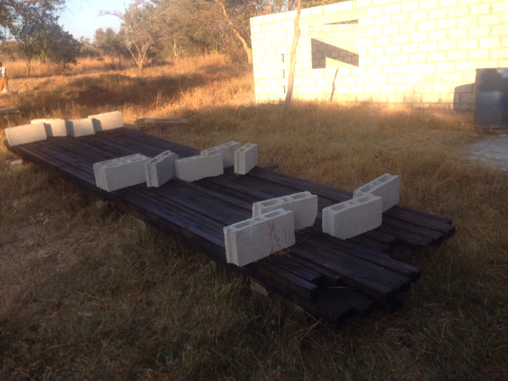 Supplies for the roofing beams