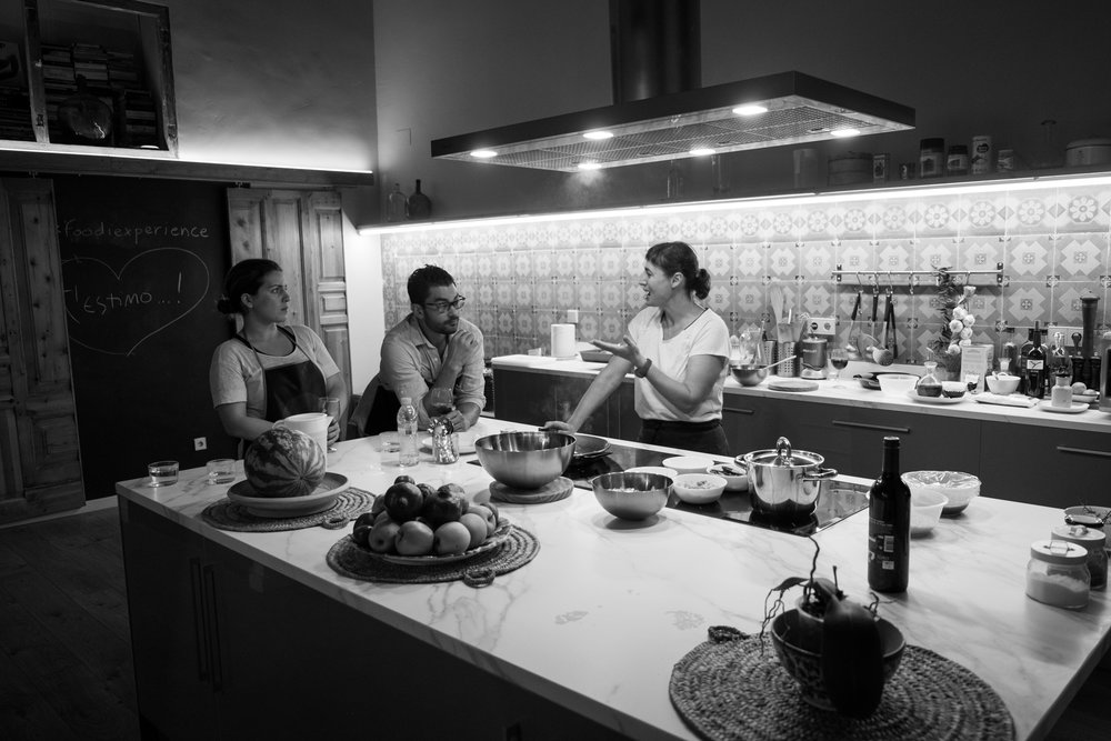 A cooking class with Angels of Foodie Sisters