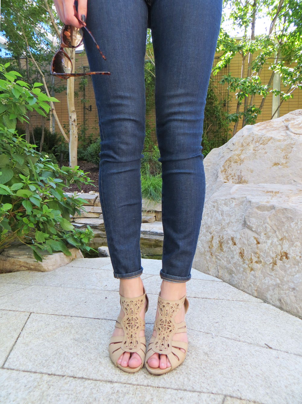 Madewell high riser skinny skinny jeans in Davis wash + Earthies 'Morolo' sandals -- Cotton Cashmere Cat Hair