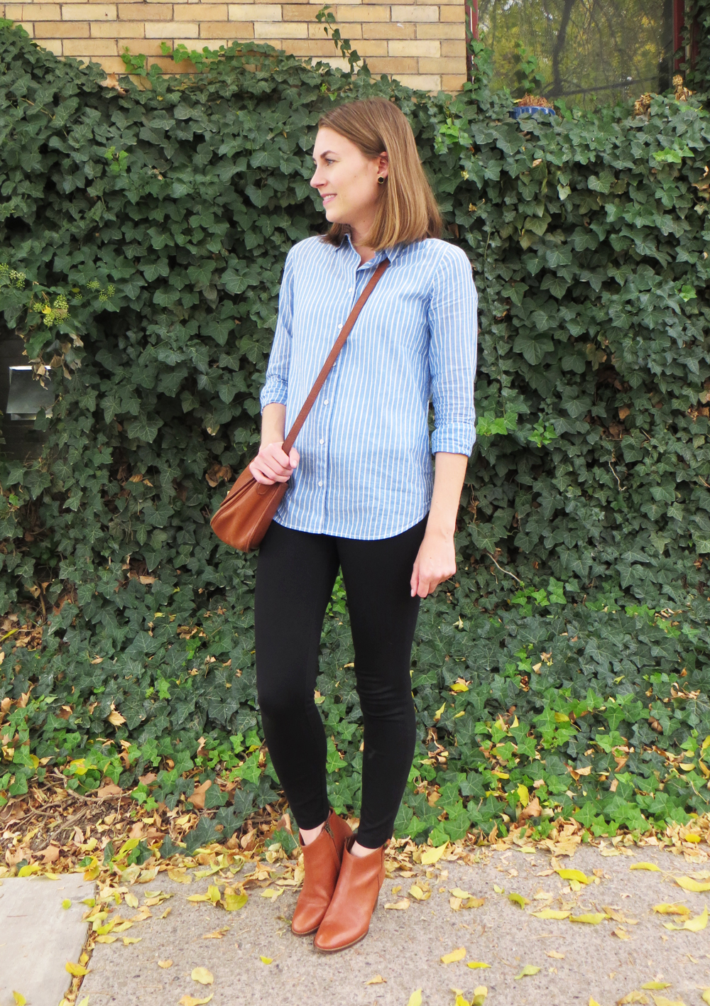 Blue striped button-down shirt, black J.Crew Pixie pants, Madewell Billie boots, vintage Coach City bag -- Cotton Cashmere Cat Hair