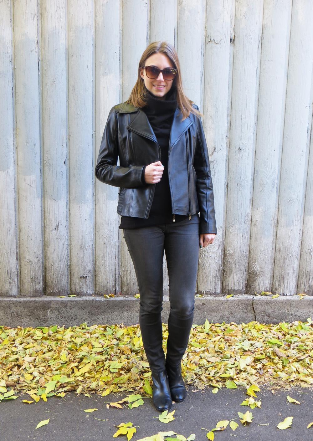 Black leather jacket, asymmetrical sweatshirt, grey skinny jeans, black ankle boots — Cotton Cashmere Cat Hair