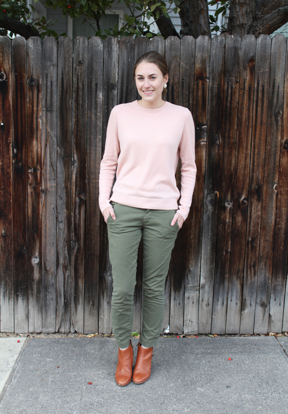 Everlane cashmere sweater, J.Crew Andie chinos, Madewell Billie boots — Cotton Cashmere Cat Hair