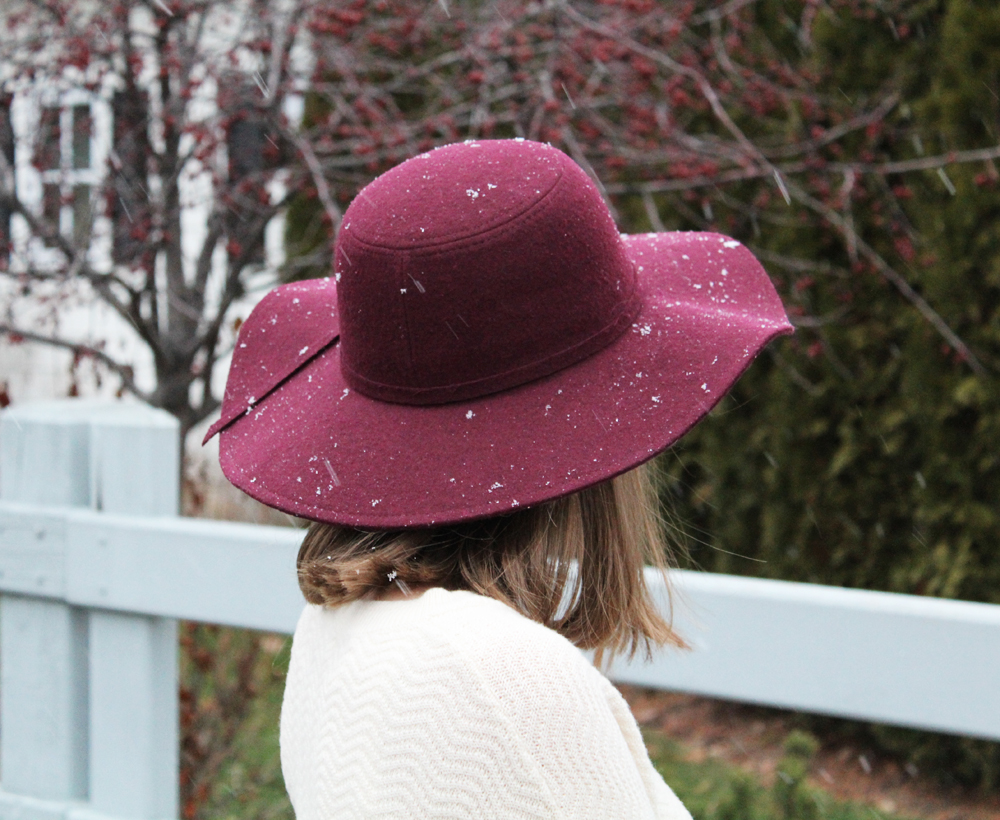 Burgundy felt hat + ivory sweater — Cotton Cashmere Cat Hair