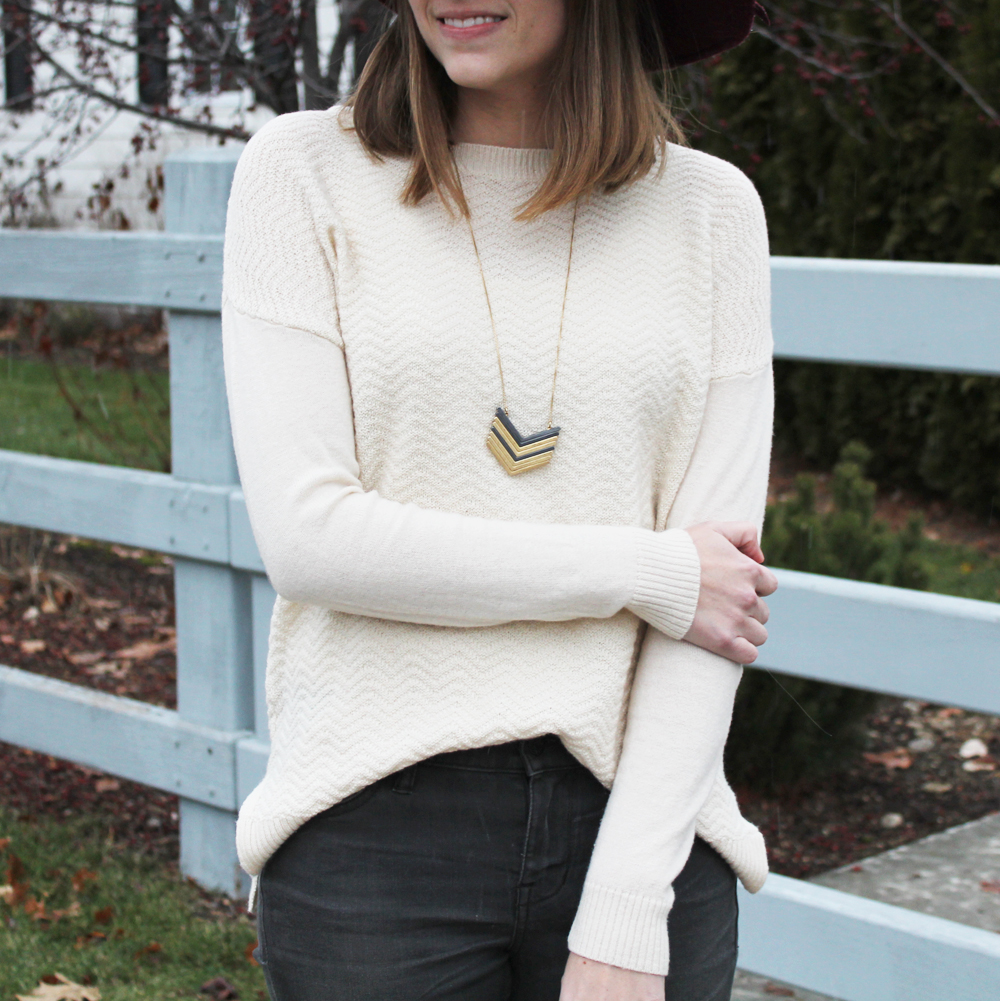 Ivory sweater + grey skinny jeans + Madewell Arrowstack necklace — Cotton Cashmere Cat Hair