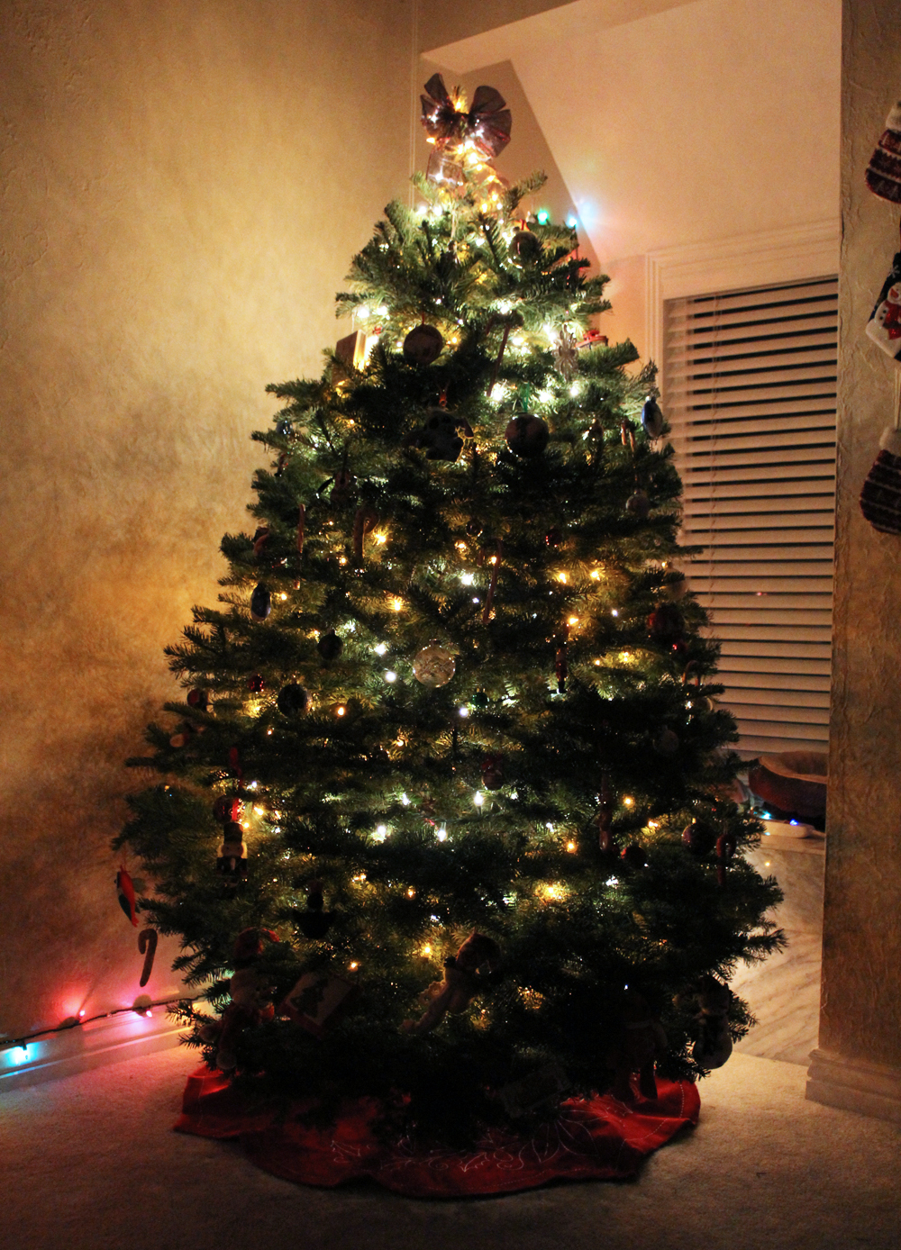 O Christmas Tree — Cotton Cashmere Cat Hair