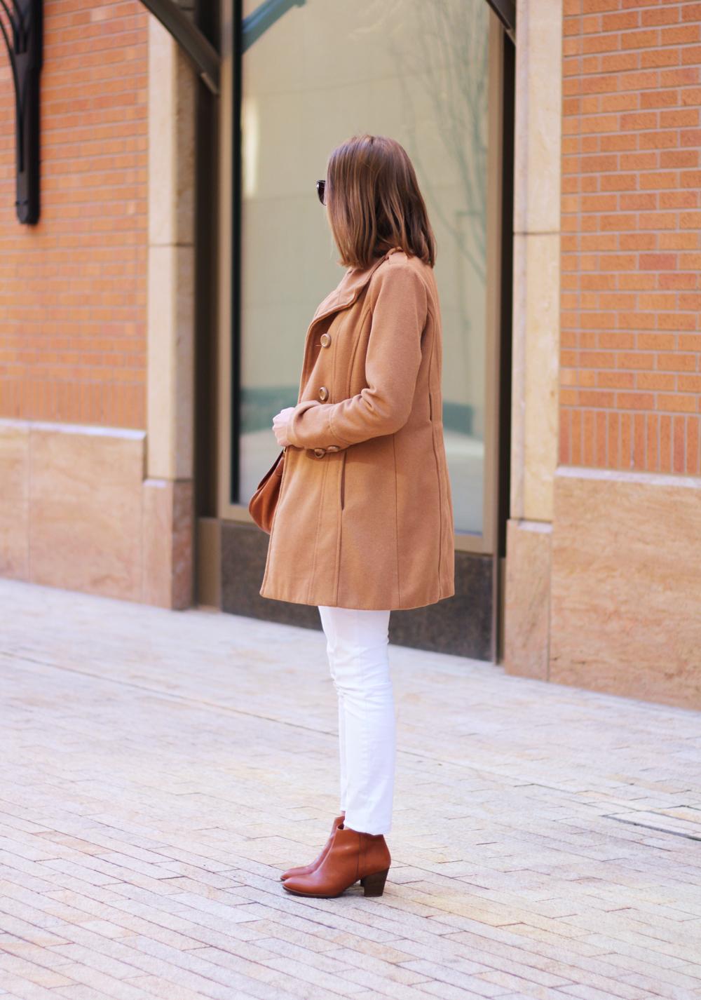 Camel coat, white denim, cognac ankle boots -- Cotton Cashmere Cat Hair