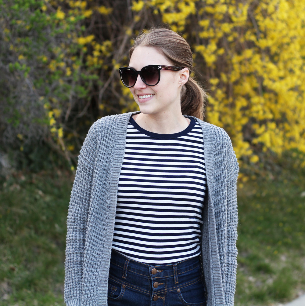Grey chunky cardigan + navy striped tee + high-rise shorts — Cotton Cashmere Cat Hair