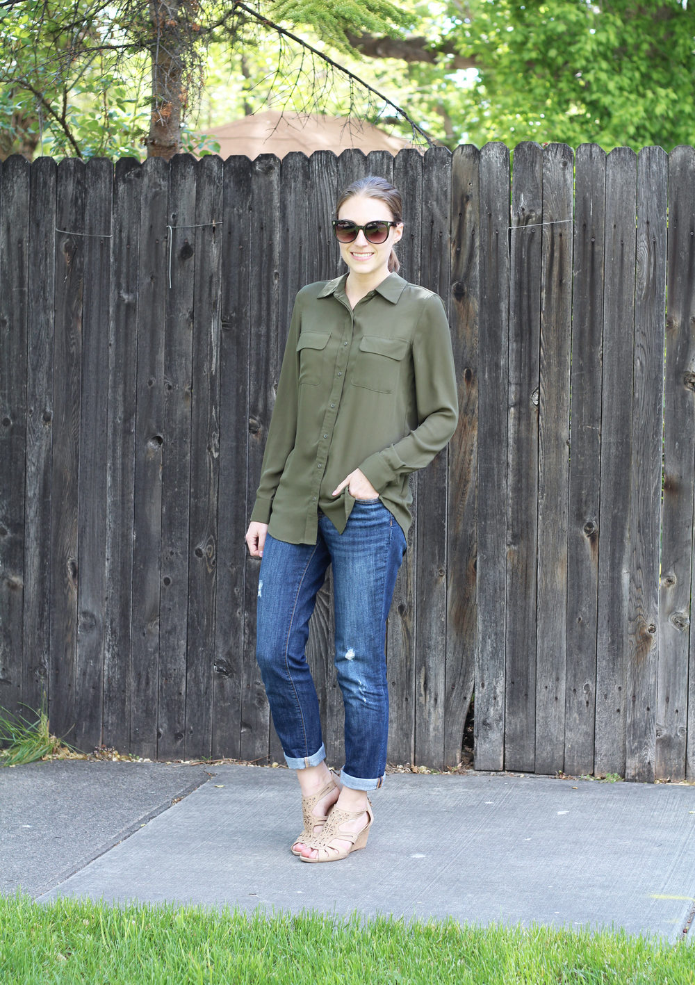 Who What Wear for Target olive green shirt, boyfriend jeans, Earthies beige sandals — Cotton Cashmere Cat Hair