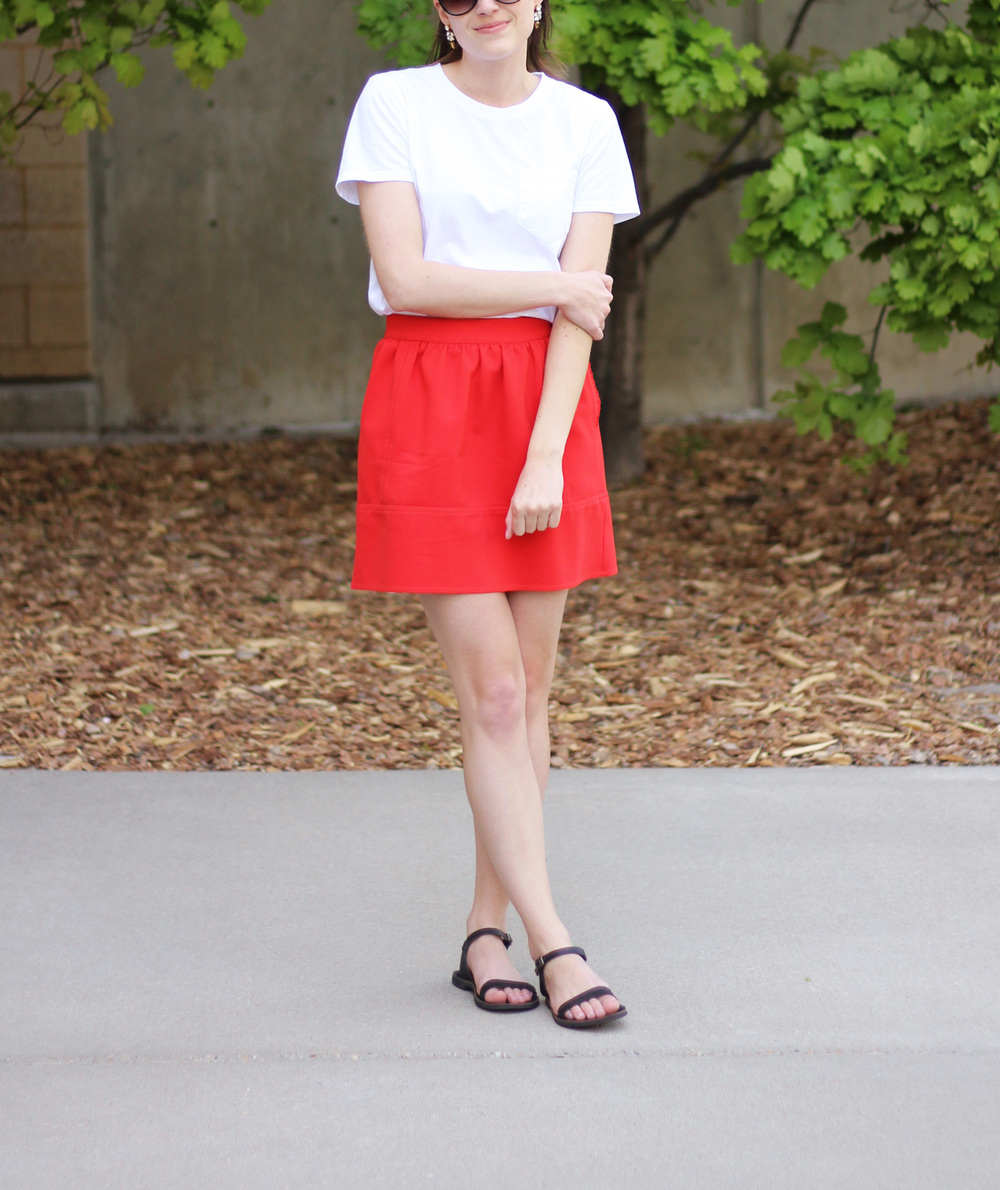 Simple white tee + red mini skirt + black sandals — Cotton Cashmere Cat Hair