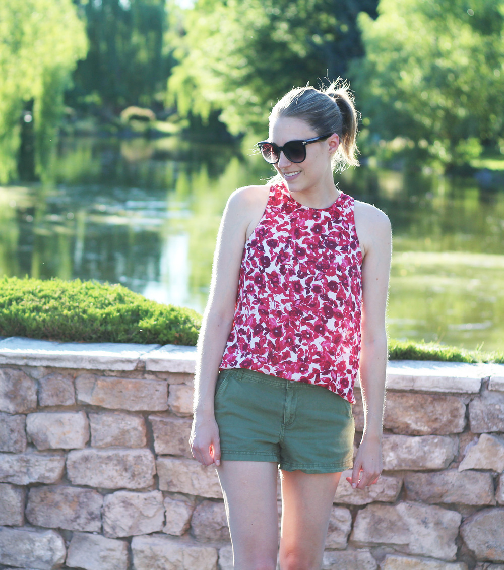 Who What Wear red floral tank top outfit with green shorts — Cotton Cashmere Cat Hair