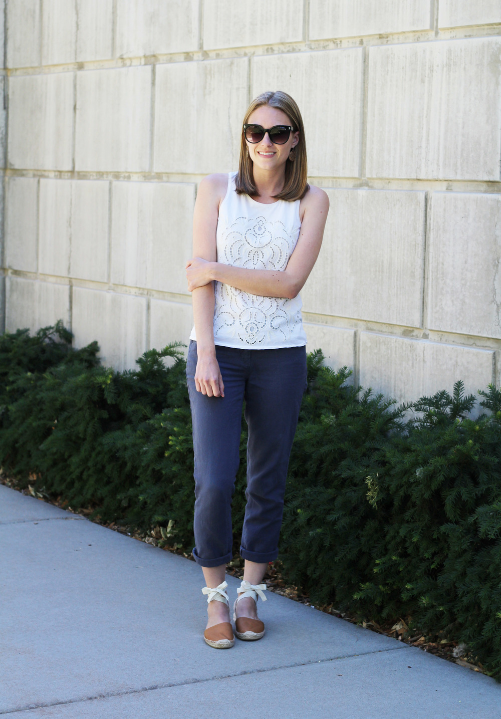 Summer outfit: Ivory tank top with grey cotton-linen pants and tan Soludos espadrilles — Cotton Cashmere Cat Hair