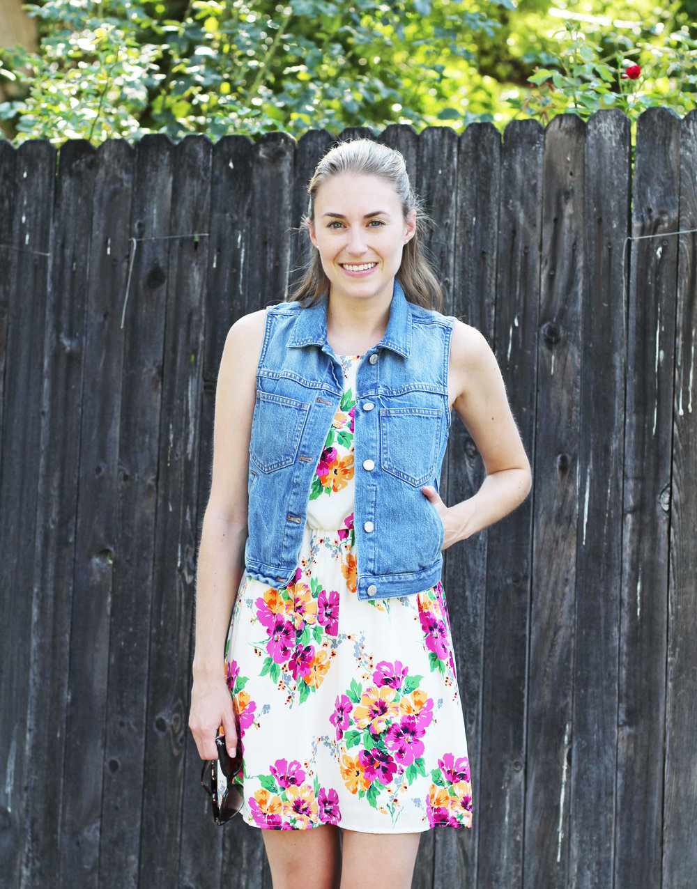 Summer outfit: Denim vest with floral dress — Cotton Cashmere Cat Hair