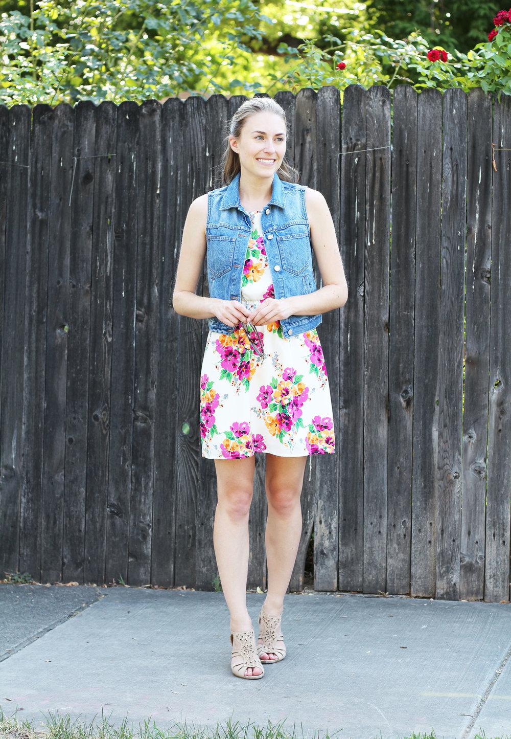 Denim vest outfit with floral dress and neutral sandals — Cotton Cashmere Cat Hair