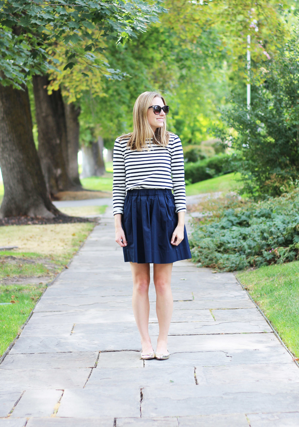 Navy striped tee, Everlane navy cotton poplin skirt, gold flats — Cotton Cashmere Cat Hair