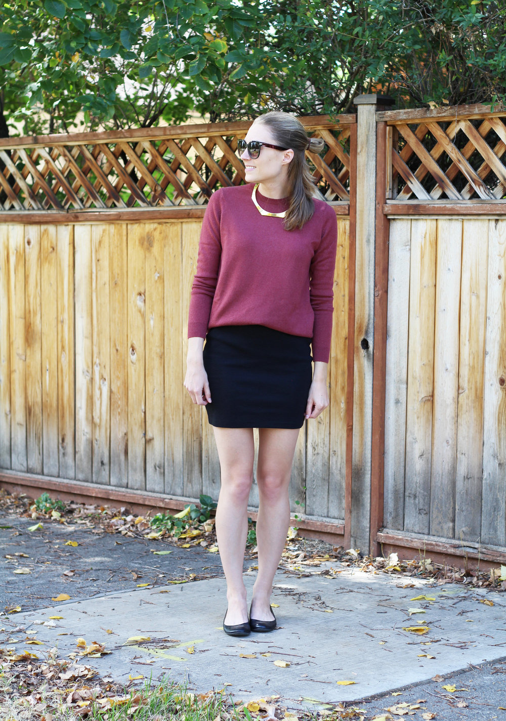 Fall outfit with cashmere sweater, fitted mini skirt, ballet flats, gold choker — Cotton Cashmere Cat Hair