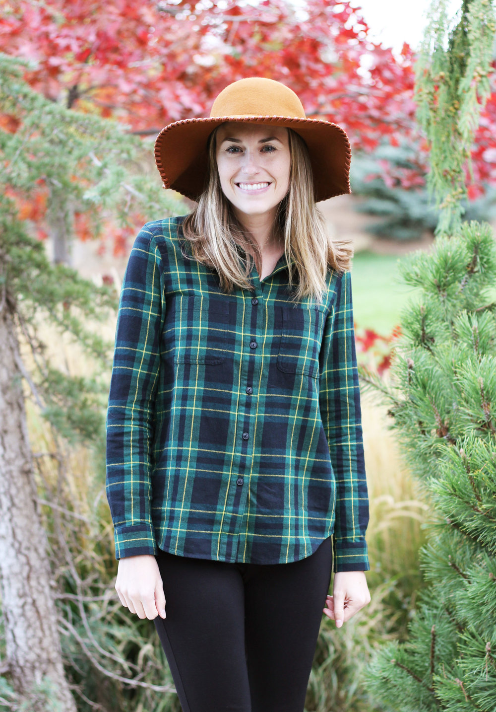 Madewell flannel shirt in Barlow plaid + floppy hat — Cotton Cashmere Cat Hair