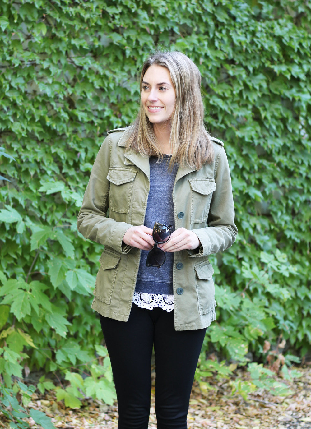 Fall outfit with green utility jacket and sweatshirt — Cotton Cashmere Cat Hair
