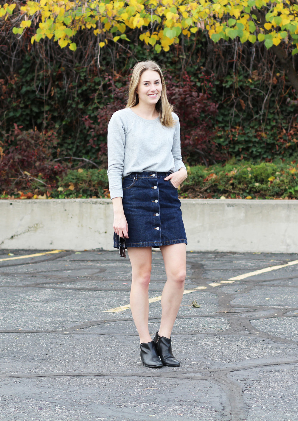 Grey sweatshirt, denim skirt, black ankle boots — Cotton Cashmere Cat Hair