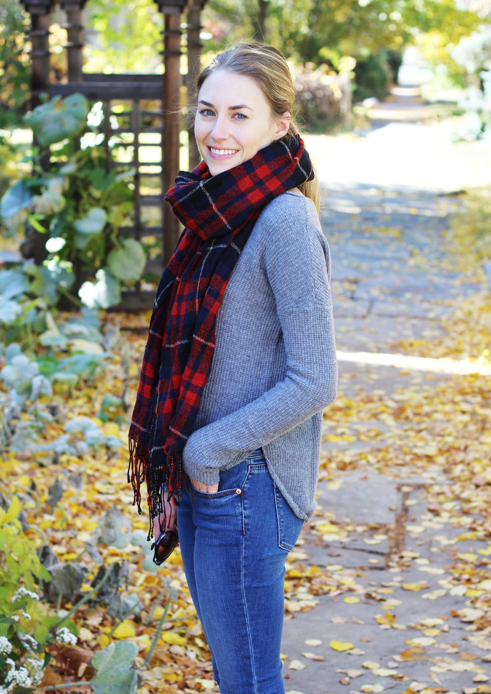 Fall outfit: Red plaid scarf + grey sweater + skinny jeans — Cotton Cashmere Cat Hair