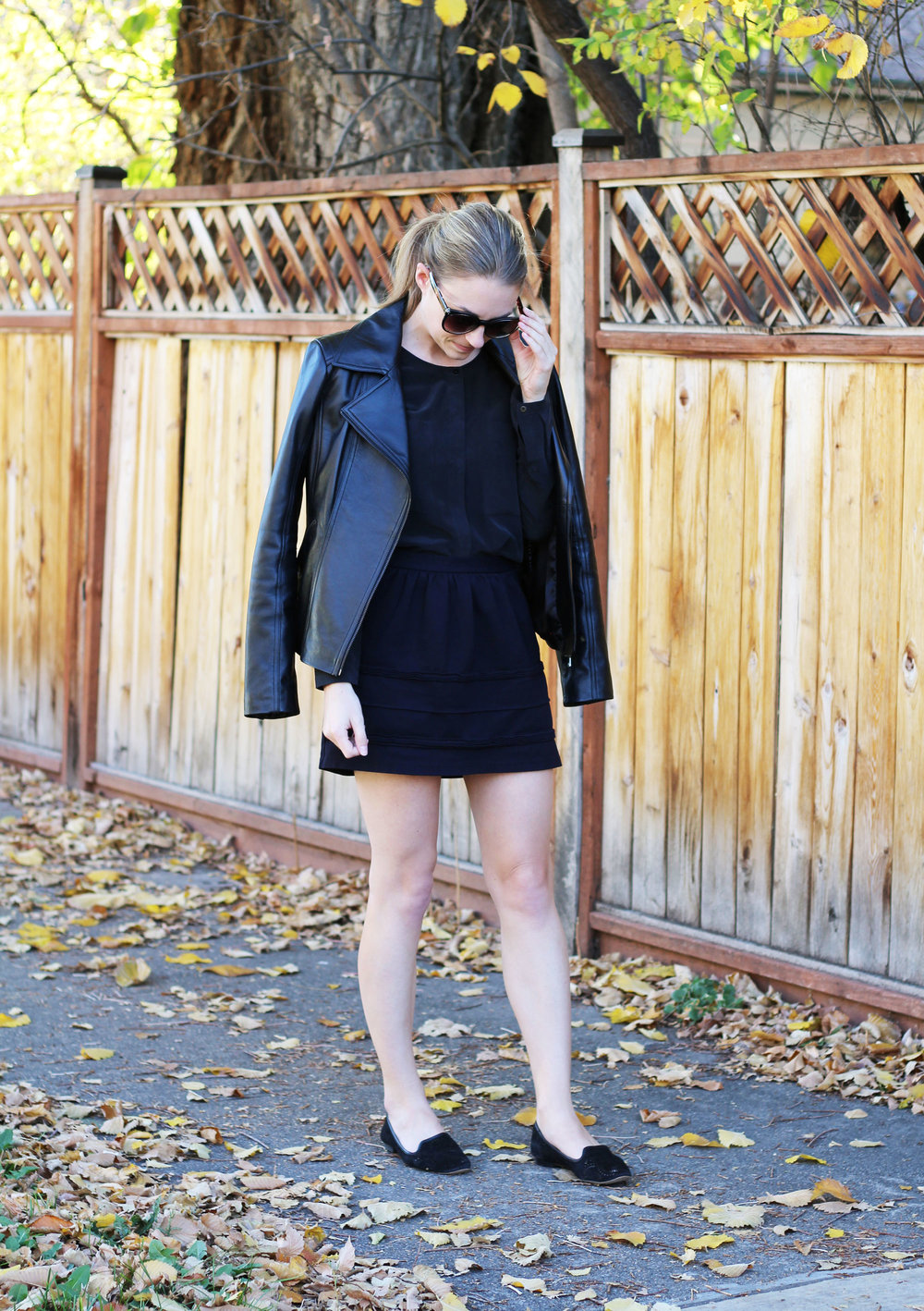 All black fall outfit with leather jacket — Cotton Cashmere Cat Hair