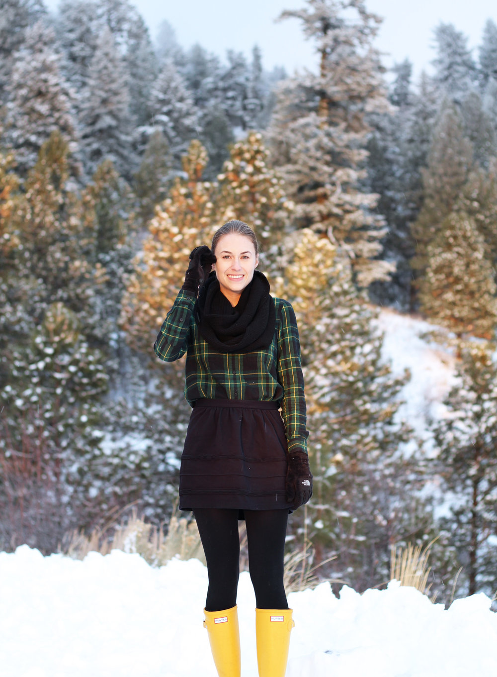 Madewell flannel shirt, black mini skirt, yellow Hunter boots — Cotton Cashmere Cat Hair