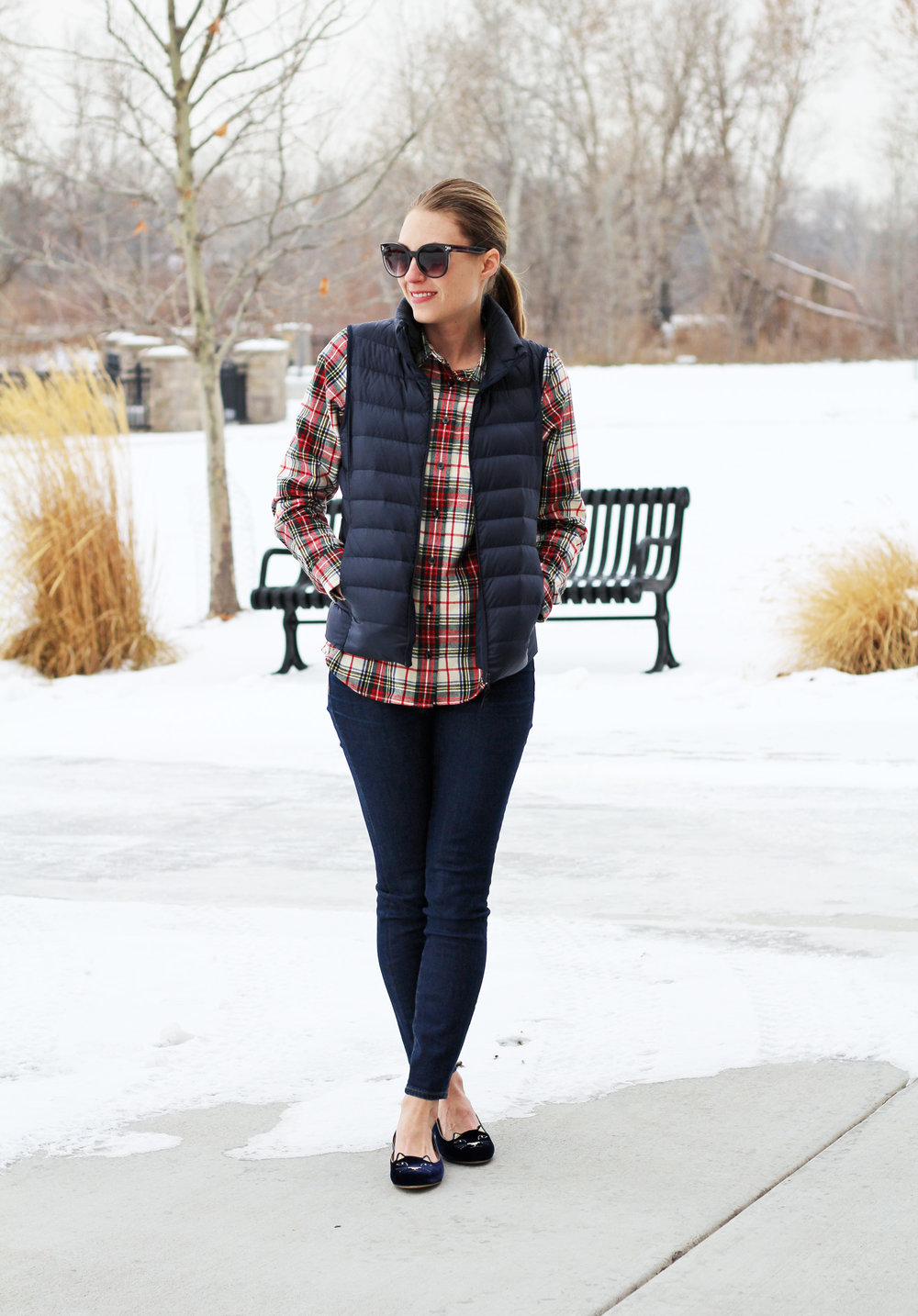 Navy vest outfit with plaid shirt, skinny jeans, Kitty flats — Cotton Cashmere Cat Hair