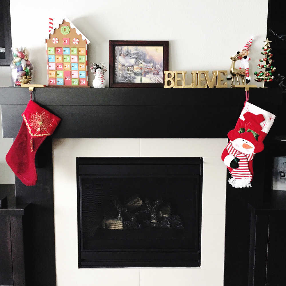 Christmas mantle — via Cotton Cashmere Cat Hair