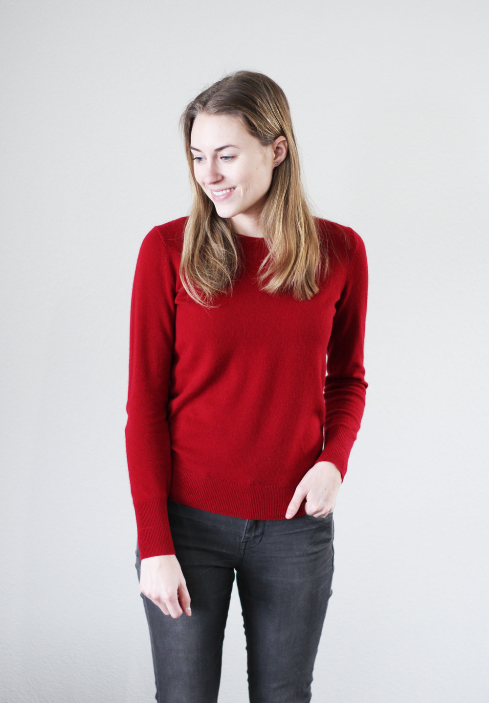 Red cashmere sweater + grey skinny jeans — Cotton Cashmere Cat Hair