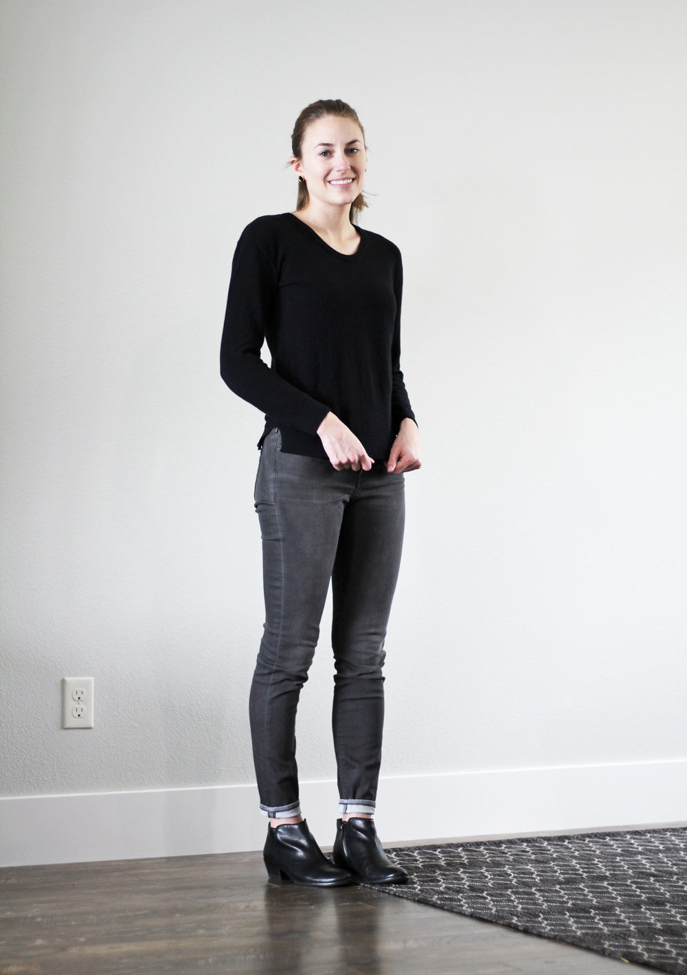 Winter 10x10: Black seed stitch sweater, grey skinny jeans, black ankle boots — Cotton Cashmere Cat Hair