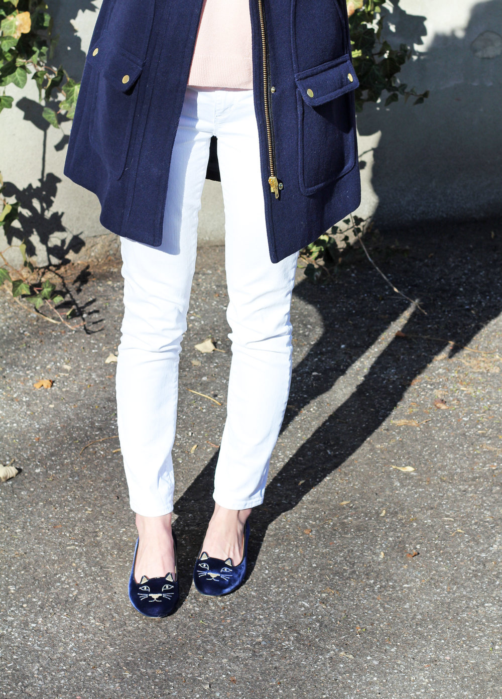 Charlotte Olympia Kitty flats outfit with white skinny jeans — Cotton Cashmere Cat Hair